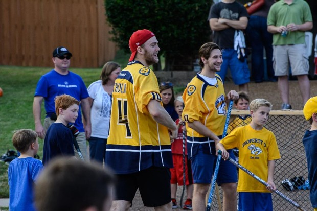 Mattias Ekholm and Filip Forsberg play street hockey with some kids in Franklin. (Jim Diamond/Rinkside Report)