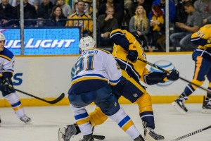 Eric Nystrom gets off a shot from the slot. (Jim Diamond/Rinkside Report)
